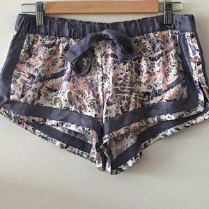 Victoria Secret silk pajama shorts S